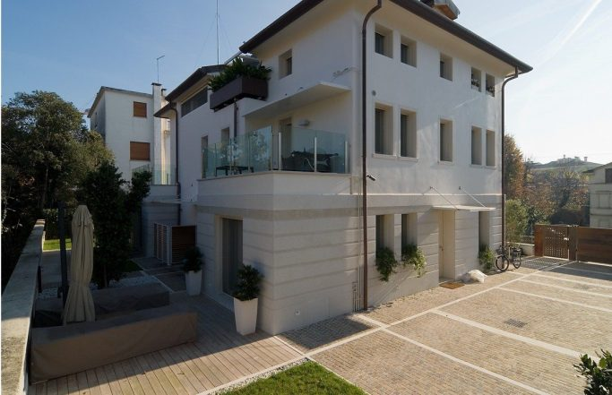 Villa RST